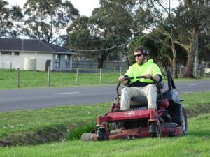 Residential and Commercial mowing service
